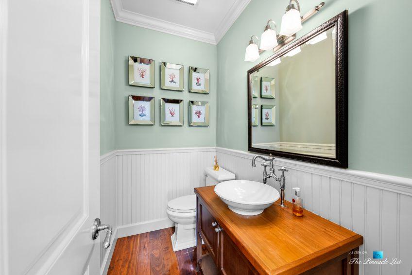 877 8th Street, Manhattan Beach, CA, USA - Upstairs Washroom