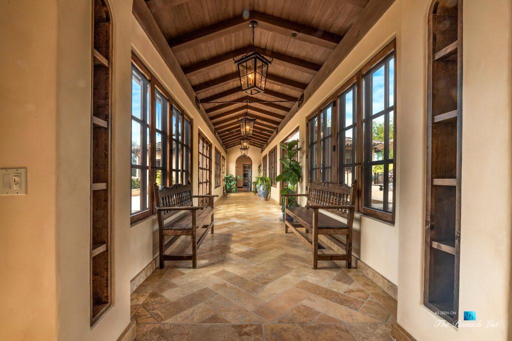 Spectacular 251 Acre Twin Oak Ranch - 2667 Via De Los Ranchos, Los Olivos, CA, USA - Italian Villa Residence Interior Hallway