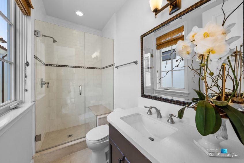 877 8th Street, Manhattan Beach, CA, USA - Upstairs Office Bathroom
