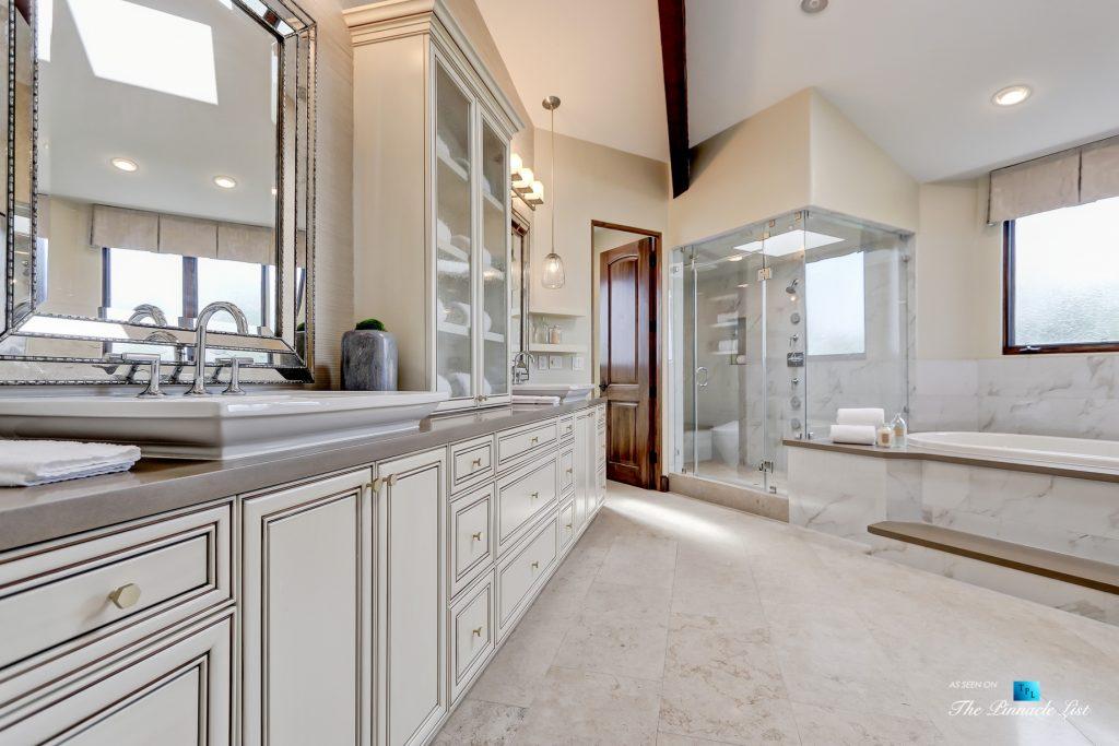 853 10th Street, Manhattan Beach, CA, USA - Master Bathroom