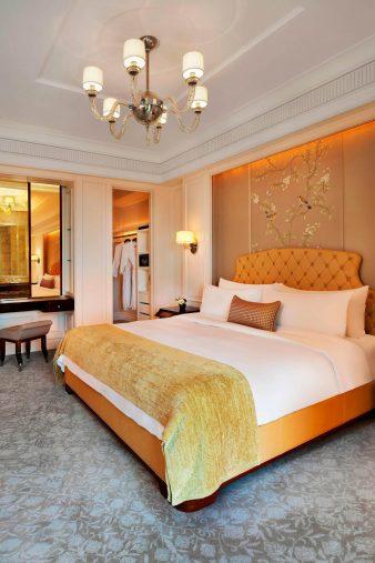 The St. Regis Singapore Luxury Hotel - Singapore - Suite Bedroom