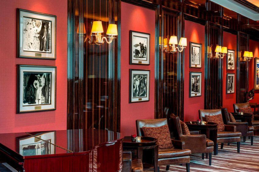 The St. Regis Singapore Luxury Hotel - Singapore - Sitting Area