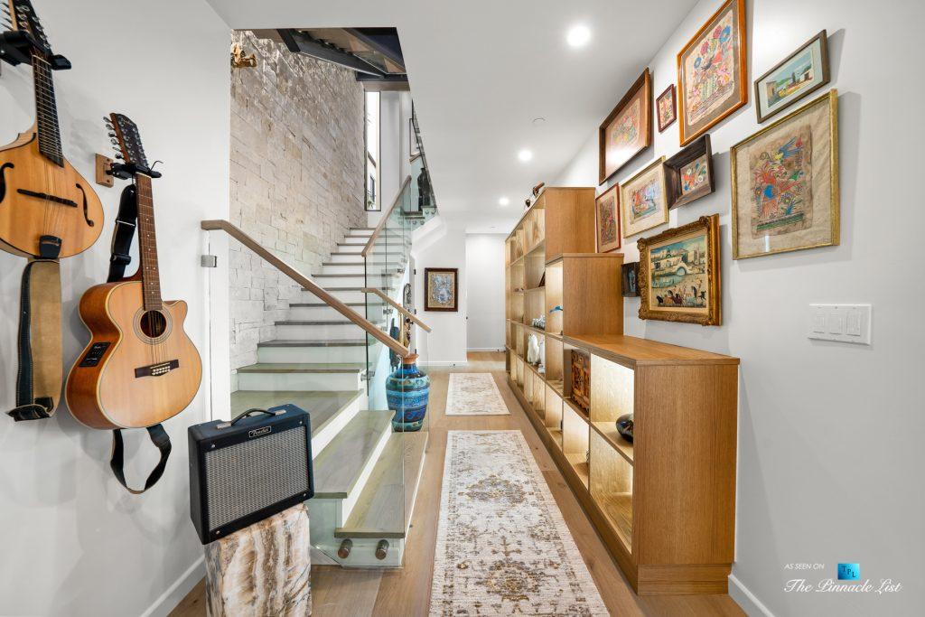 246 30th Street, Hermosa Beach, CA, USA - Lower Level Stairs and Hallway