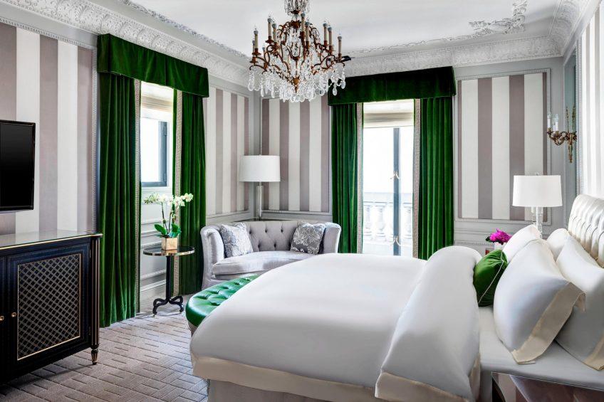 The St. Regis New York Luxury Hotel - New York, NY, USA - Presidential Suite Bedroom