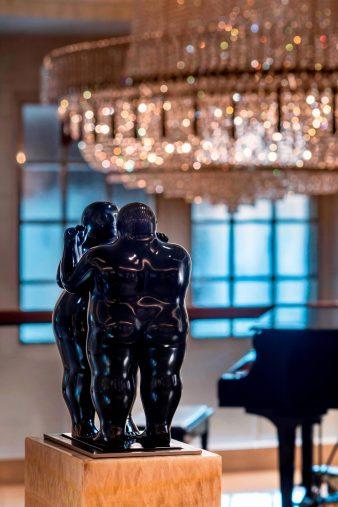 The St. Regis Singapore Luxury Hotel - Singapore - Dancing Nude Couple by Fernando Botero