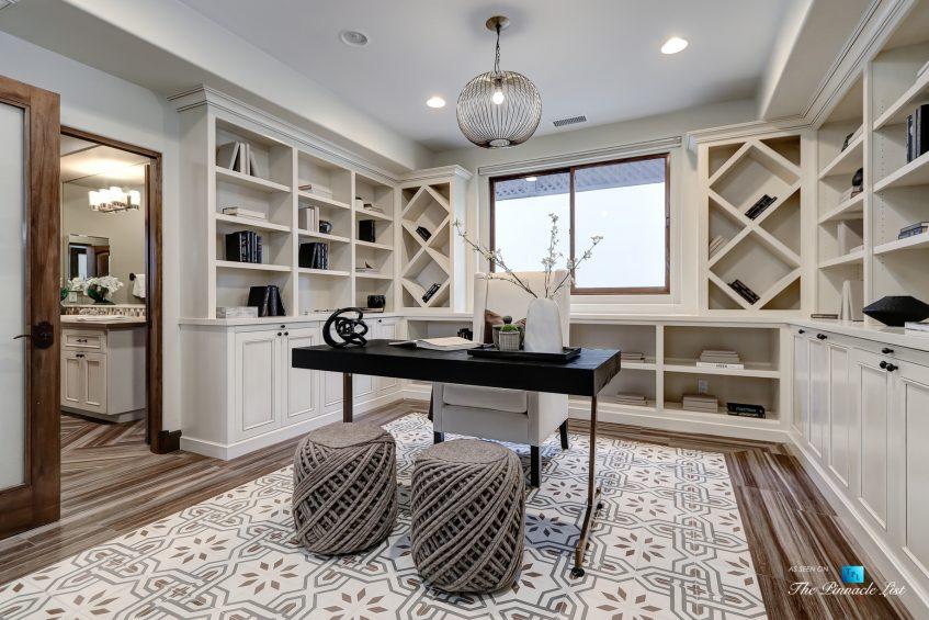 853 10th Street, Manhattan Beach, CA, USA - Office