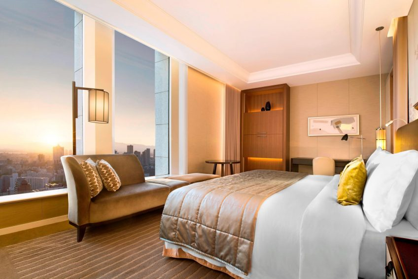 The St. Regis Osaka Luxury Hotel - Osaka, Japan - King City View Grand Deluxe Guest Room