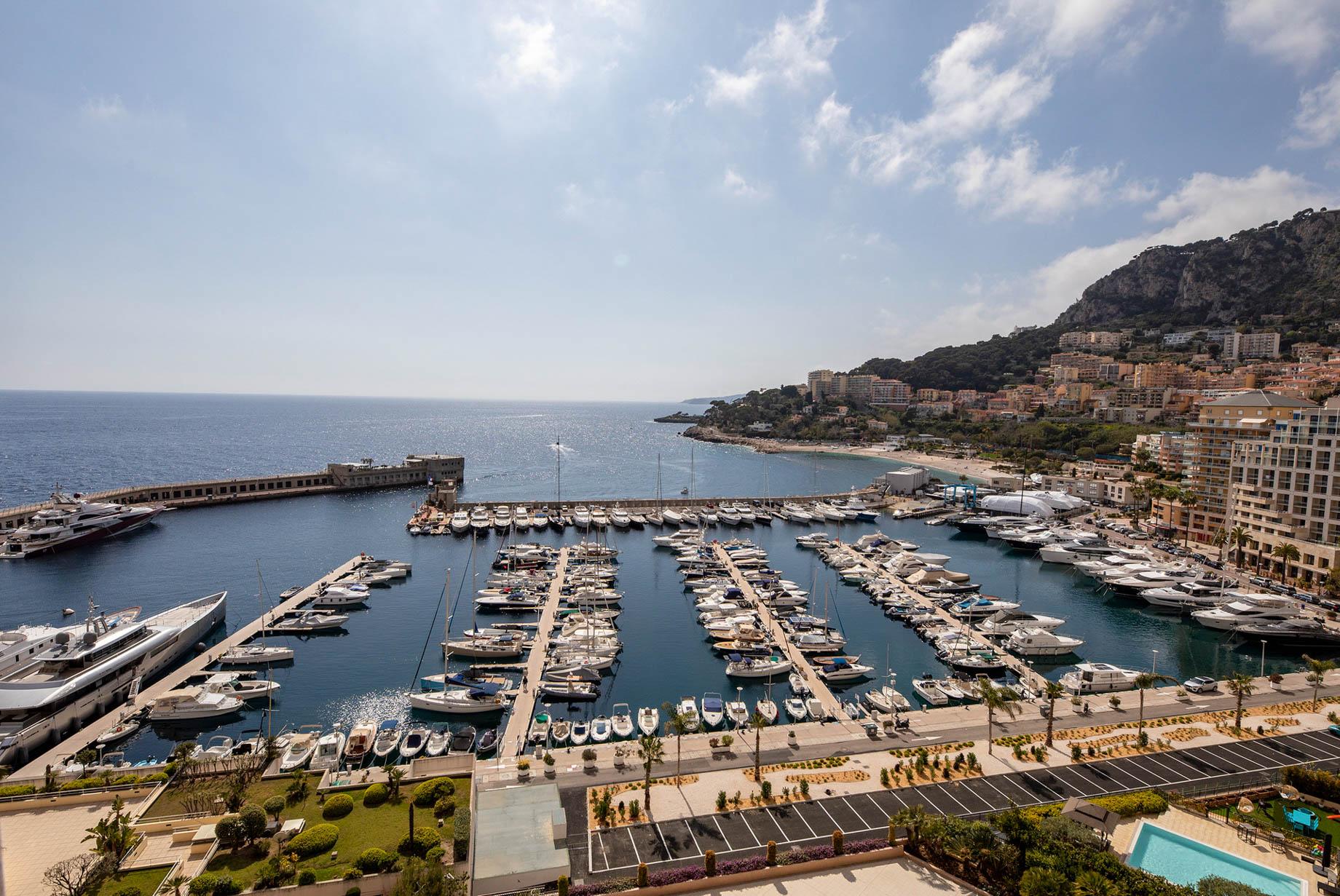 Seaside Plaza Monaco Luxury Apartment For Sale in Fontvieille, Principality of Monaco - Marina