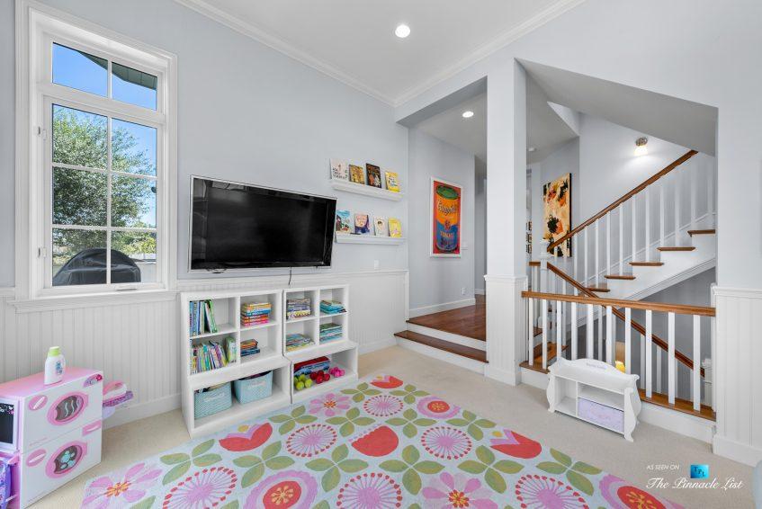 877 8th Street, Manhattan Beach, CA, USA - Main Level Den and Staircase