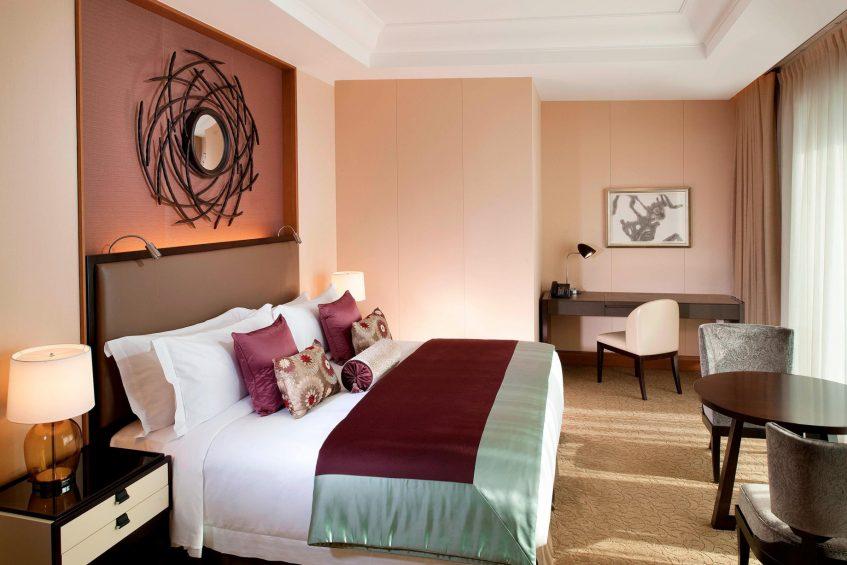 The St. Regis Osaka Luxury Hotel - Osaka, Japan - Grand Deluxe Suite - Bedroom