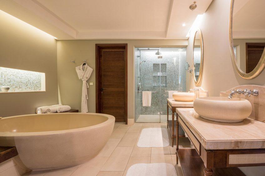 The St. Regis Mauritius Luxury Resort - Mauritius - Junior Suite Bathroom