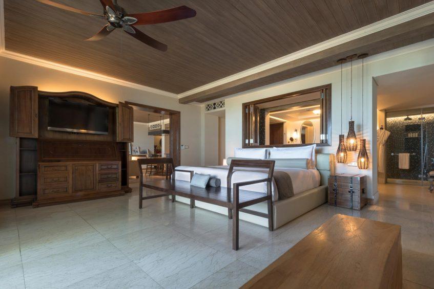The St. Regis Mauritius Luxury Resort - Mauritius - Beachfront St. Regis Suite
