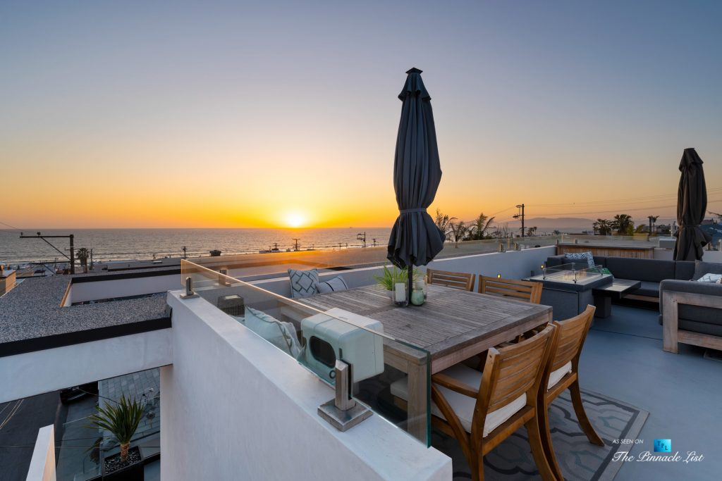 246 30th Street, Hermosa Beach, CA, USA - Rooftop Deck Sunset