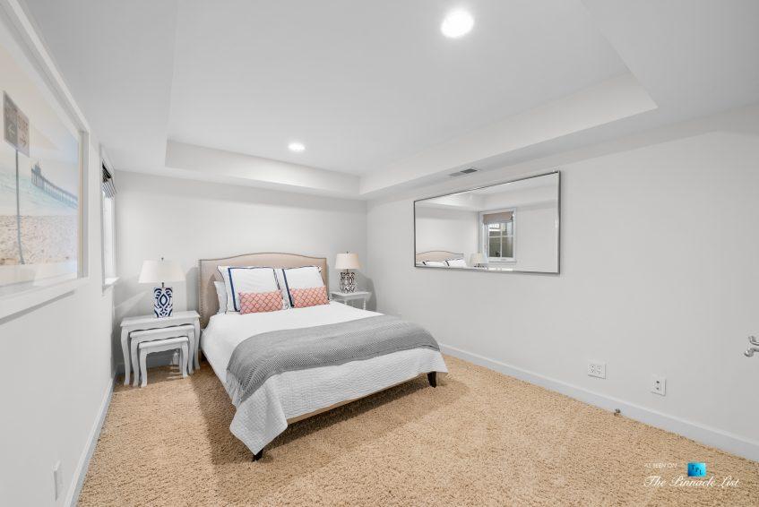877 8th Street, Manhattan Beach, CA, USA - Basement Bedroom