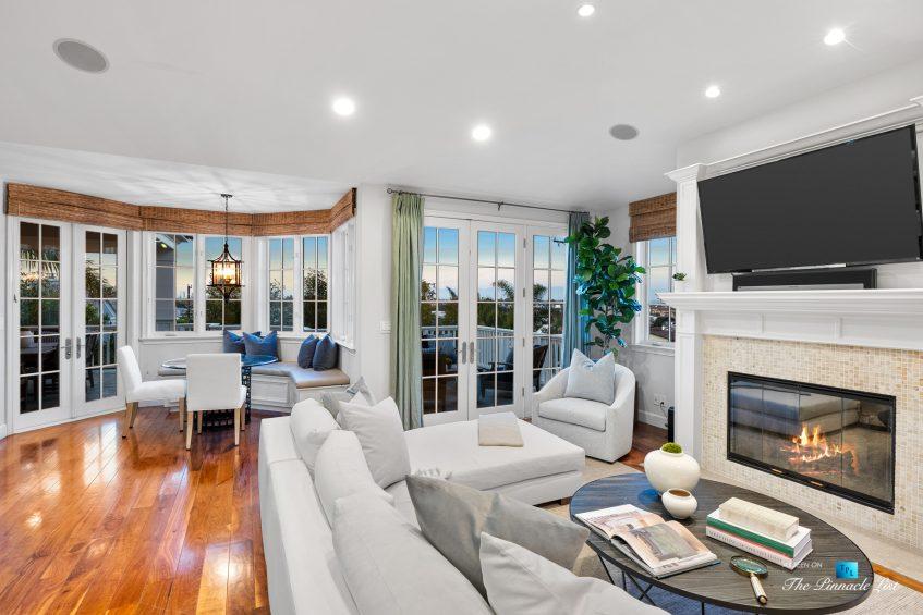 877 8th Street, Manhattan Beach, CA, USA - Twilight Living Room