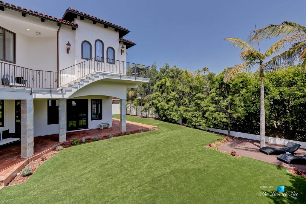 853 10th Street, Manhattan Beach, CA, USA - Backyard