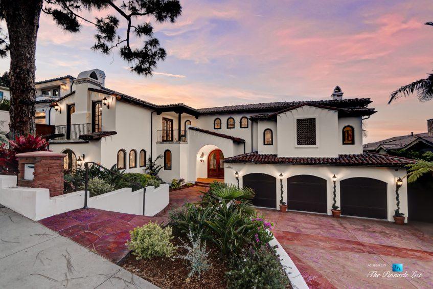 853 10th Street, Manhattan Beach, CA, USA - House Front Twilight