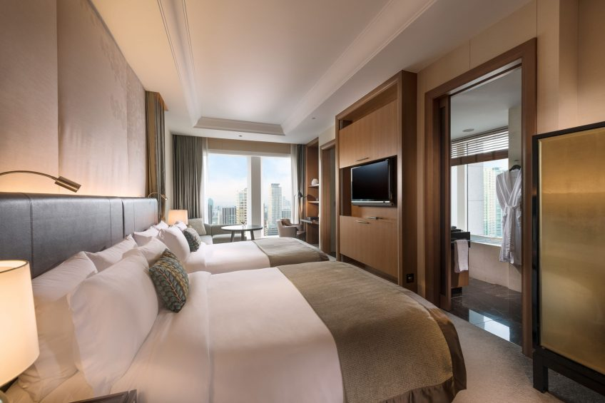 The St. Regis Osaka Luxury Hotel - Osaka, Japan - Twin Skyline Grand Deluxe Guest Room