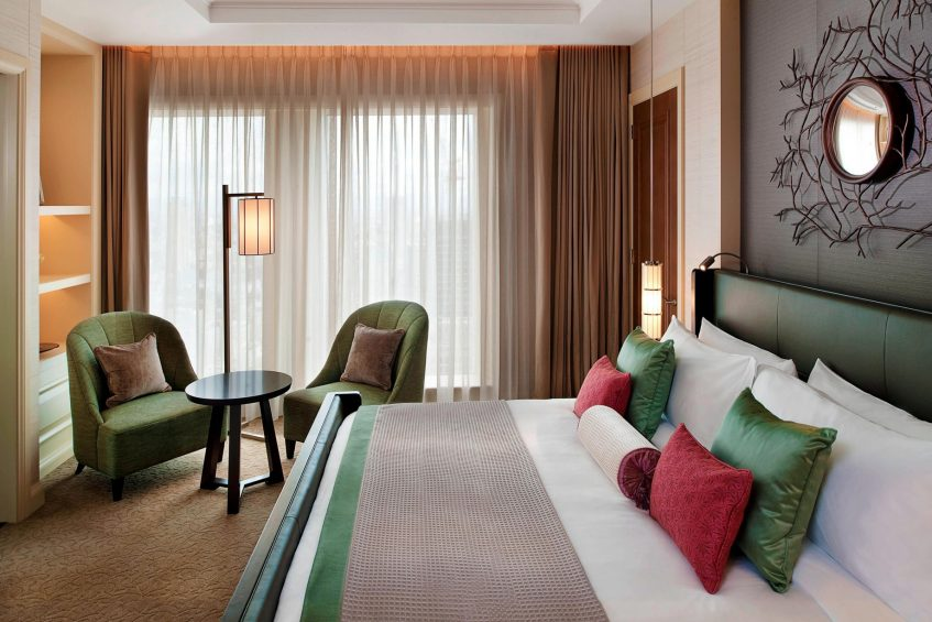 The St. Regis Osaka Luxury Hotel - Osaka, Japan - Yuri Suite Bedroom