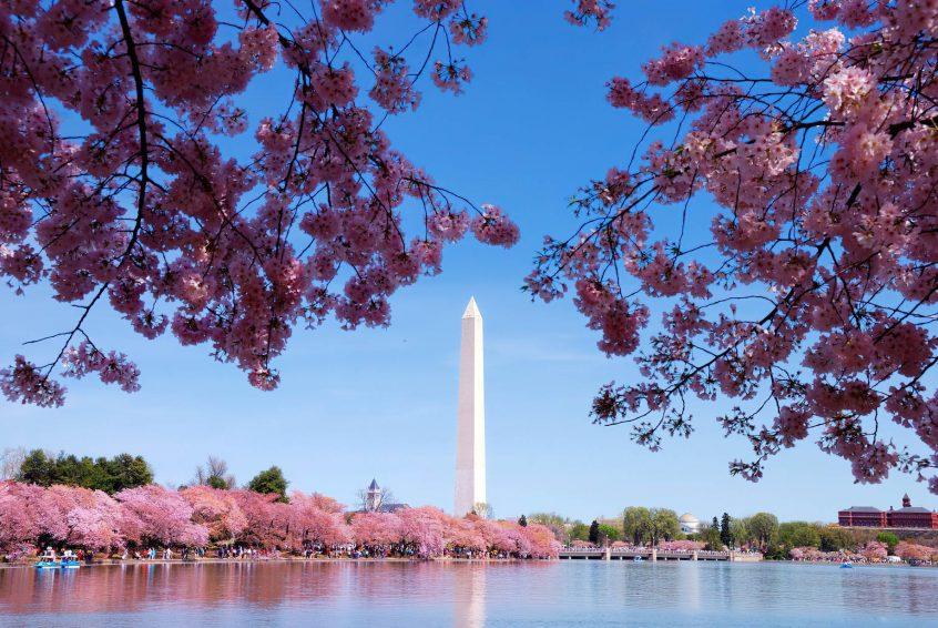 The St. Regis Washington D.C. Luxury Hotel - Washington, DC, USA - Washington Monument