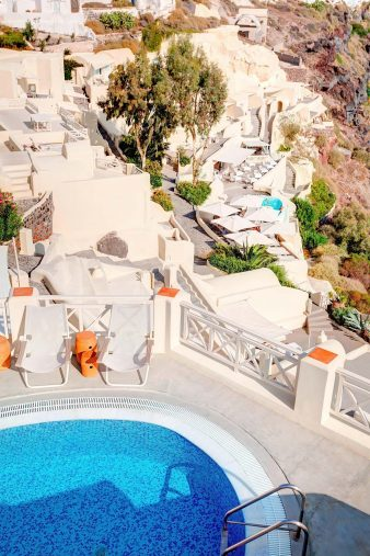 Mystique Luxury Hotel Santorini – Oia, Santorini Island, Greece - Captain's Lounge Pool