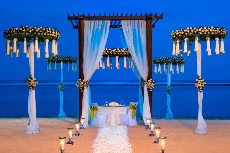 The St. Regis Bali Luxury Resort - Bali, Indonesia - Romantic Wedding Dinner on Strand Villa Beach
