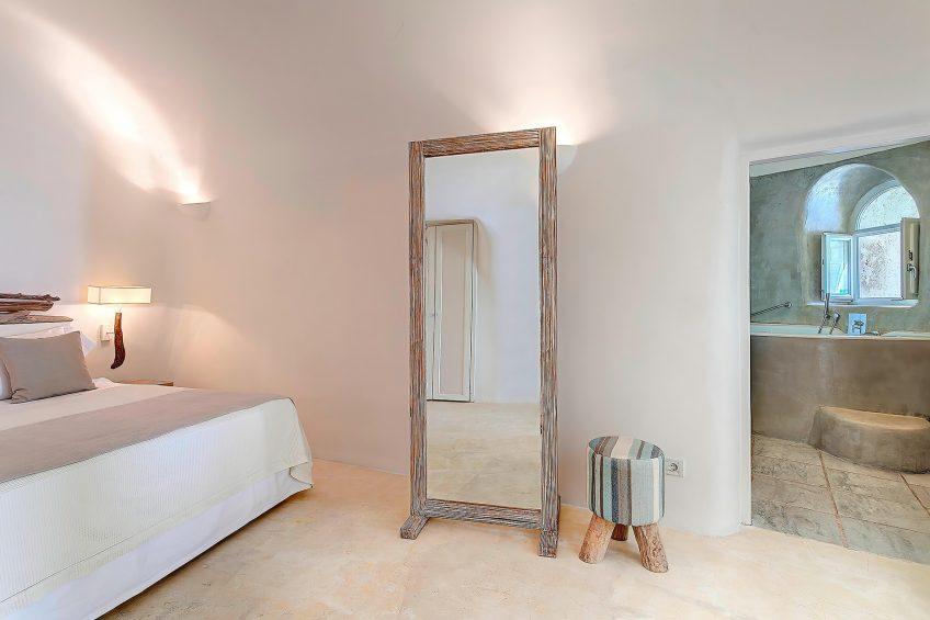 Mystique Luxury Hotel Santorini – Oia, Santorini Island, Greece - Secrecy Villa Bedroom