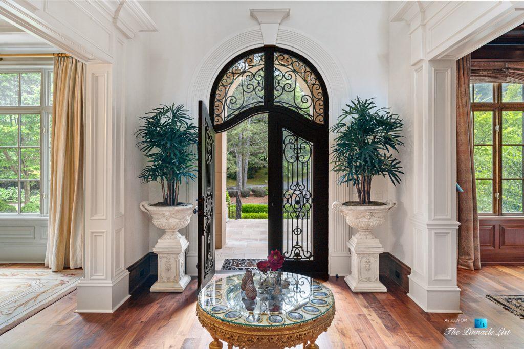 5705 Winterthur Ln, Sandy Springs, GA, USA - Atlanta Luxury Real Estate - Winterthur Estates Home Foyer
