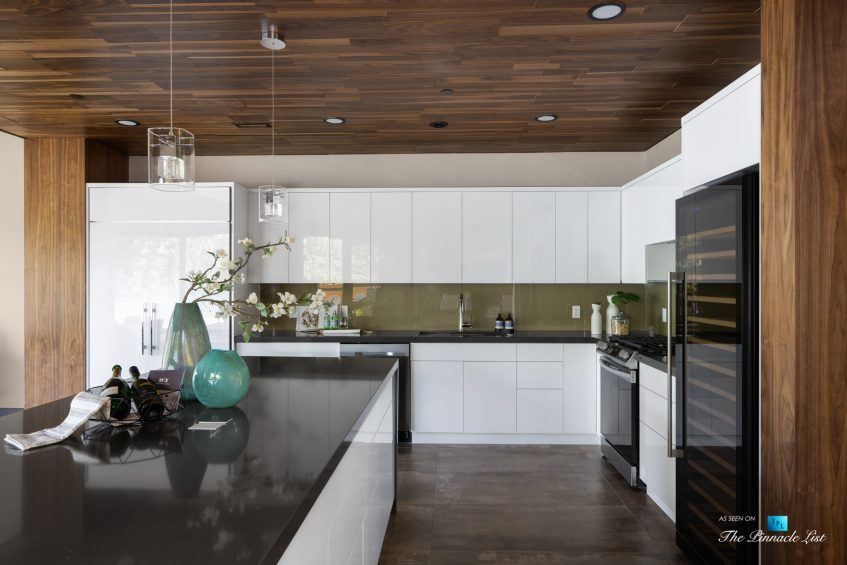 3350 Watson Rd, Belcarra, BC, Canada - Vancouver Luxury Real Estate - Modern Kitchen