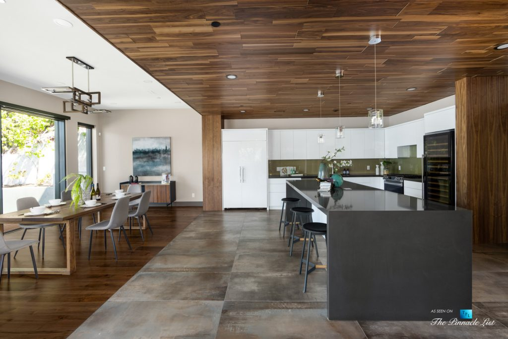 3350 Watson Rd, Belcarra, BC, Canada - Vancouver Luxury Real Estate - Modern Kitchen and Dining Room