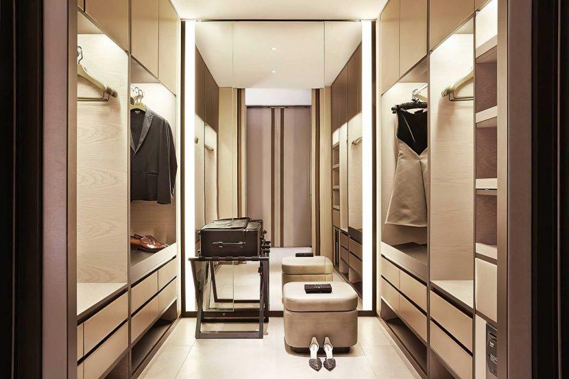 Armani Luxury Hotel Milano - Milan, Italy - Armani Suite Private Dressing Room
