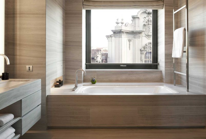 Armani Luxury Hotel Milano - Milan, Italy - Armani Suite Bathroom Tub