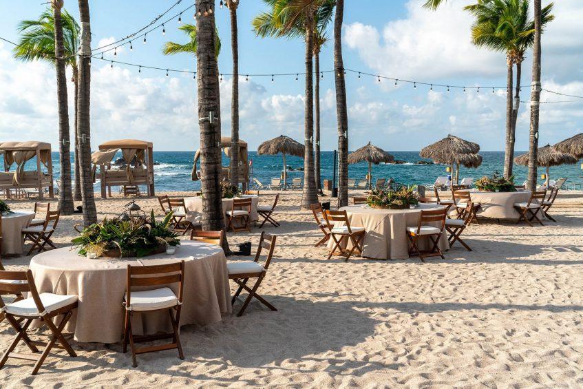 Four Seasons Luxury Resort Punta Mita - Nayarit, Mexico - Beach Dining Lounge