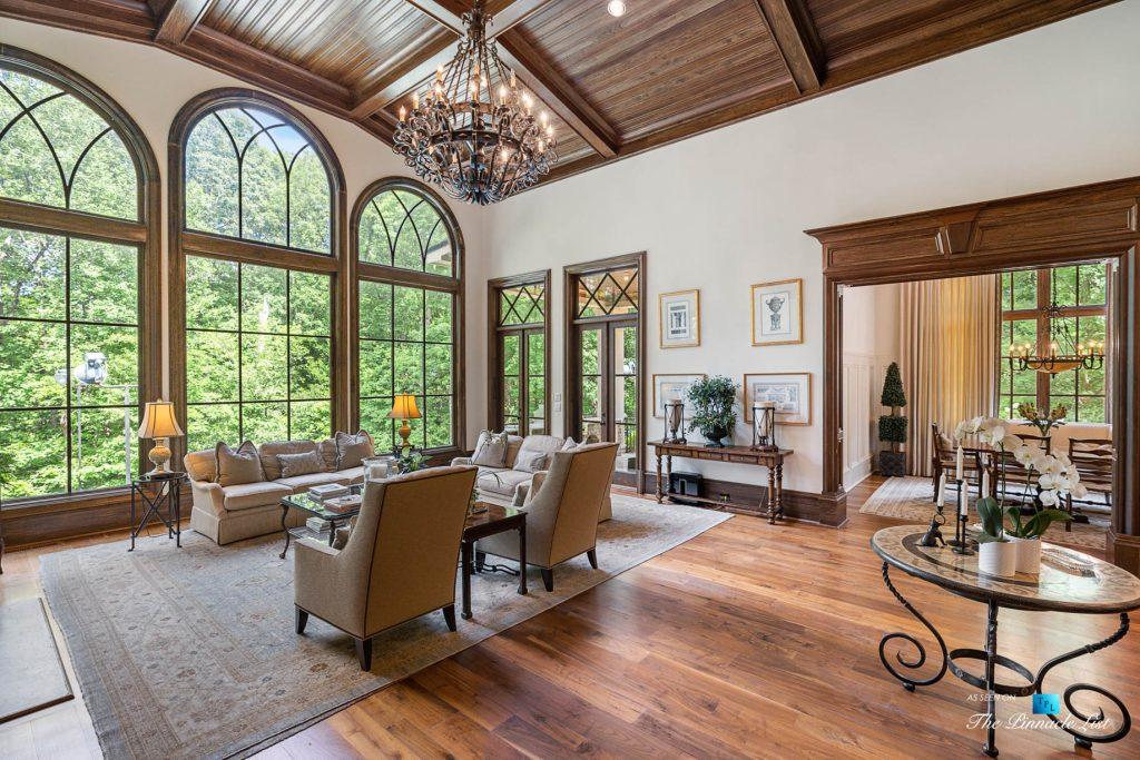5705 Winterthur Ln, Sandy Springs, GA, USA - Atlanta Luxury Real Estate - Winterthur Estates Home - Living Room View