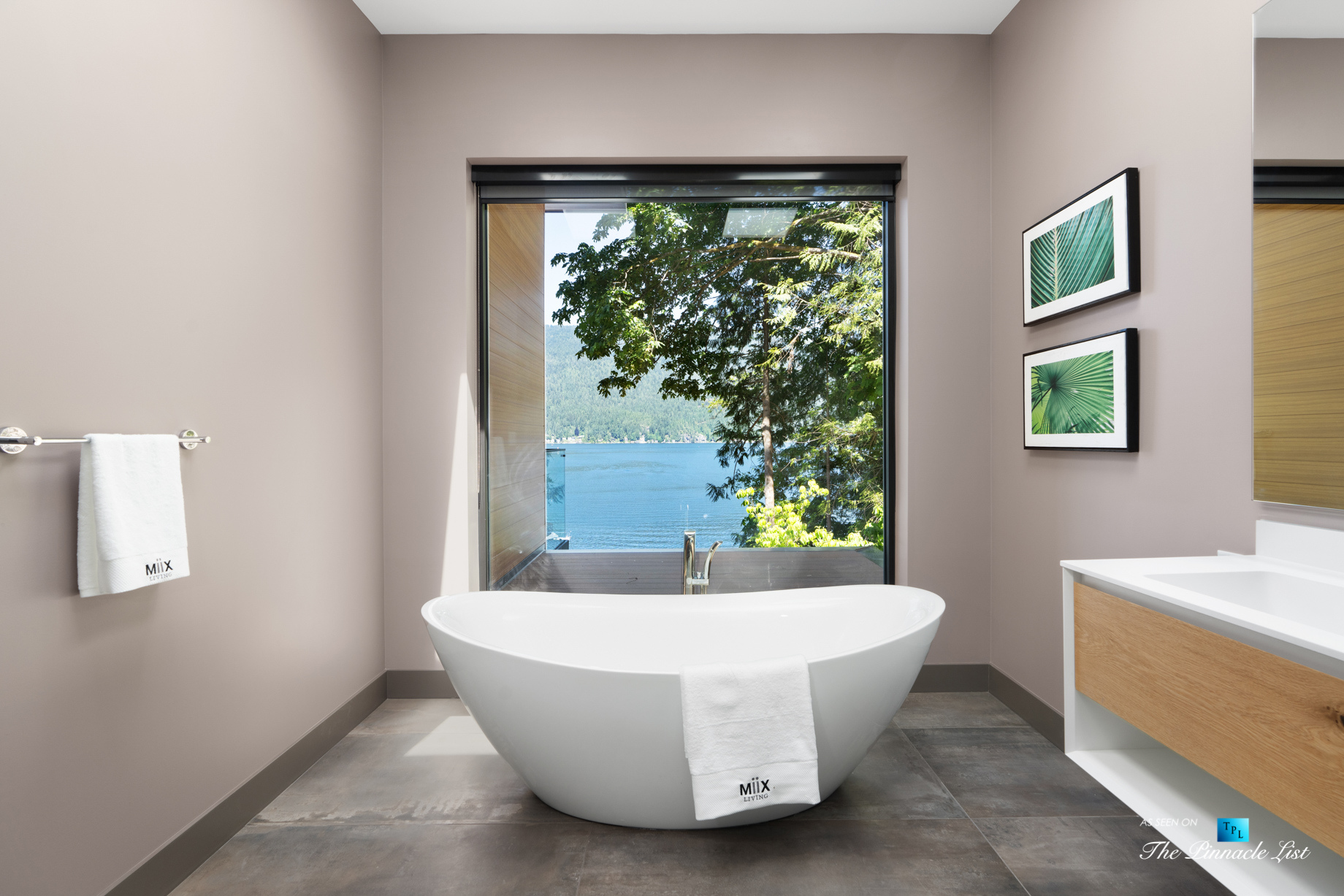 3350 Watson Rd, Belcarra, BC, Canada - Vancouver Luxury Real Estate - Oceanview Modern Master Bathroom Freestanding Tub