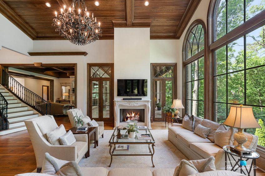 5705 Winterthur Ln, Sandy Springs, GA, USA - Atlanta Luxury Real Estate - Winterthur Estates Home - Living Room Fireplace