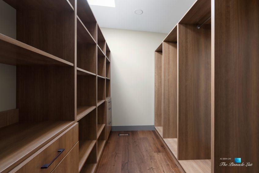 3350 Watson Rd, Belcarra, BC, Canada - Vancouver Luxury Real Estate - Modern Wardrobe Room