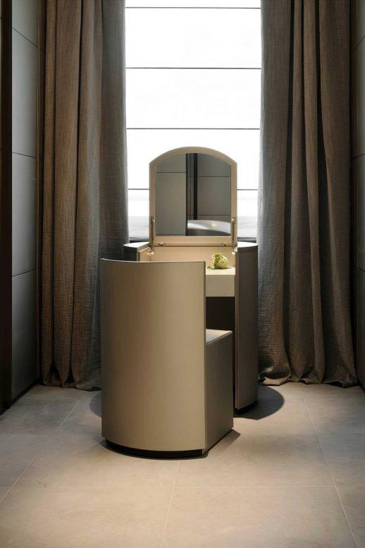 Armani Luxury Hotel Milano - Milan, Italy - Armani Suite Personal Makeup Station