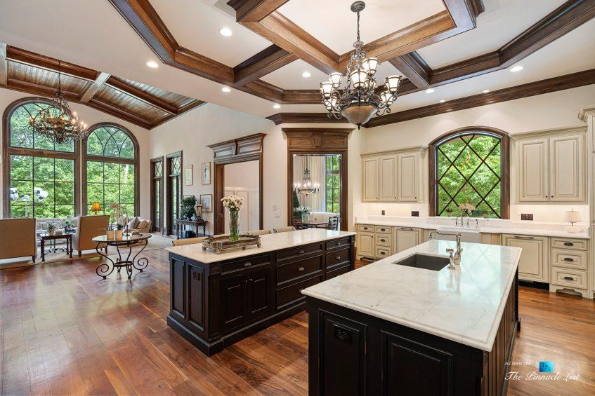 5705 Winterthur Ln, Sandy Springs, GA, USA - Atlanta Luxury Real Estate - Winterthur Estates Home - Gourmet Kitchen View