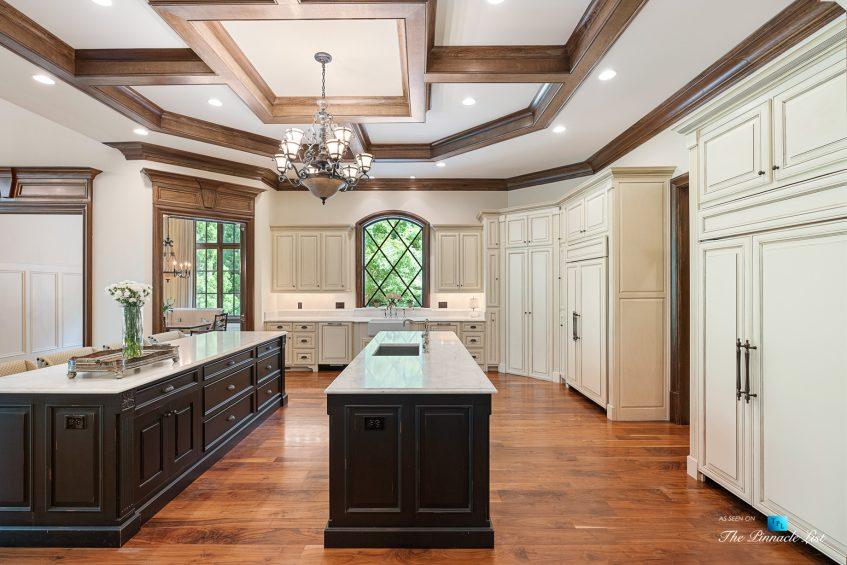 5705 Winterthur Ln, Sandy Springs, GA, USA - Atlanta Luxury Real Estate - Winterthur Estates Home - Gourmet Kitchen Island