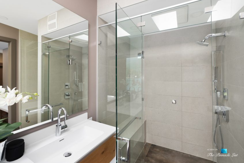 3350 Watson Rd, Belcarra, BC, Canada - Vancouver Luxury Real Estate - Modern Home Bathroom Shower
