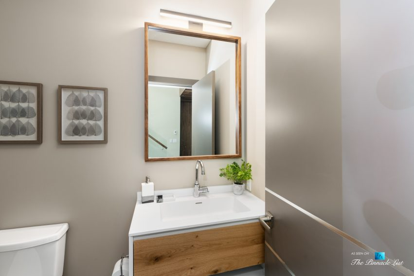 3350 Watson Rd, Belcarra, BC, Canada - Vancouver Luxury Real Estate - Modern Home Washroom