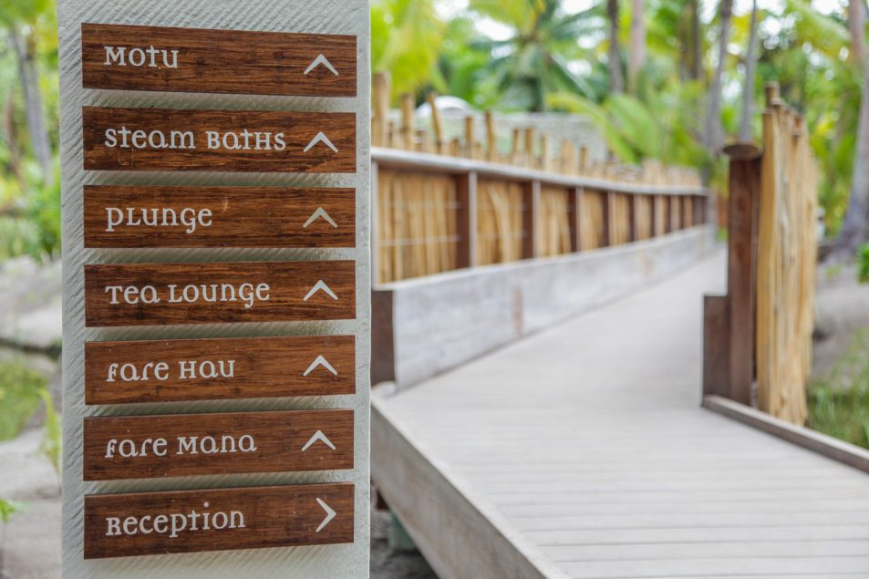 The Brando Luxury Resort - Tetiaroa Private Island, French Polynesia - Direction Sign