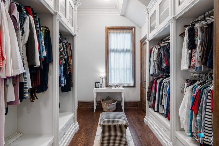 5705 Winterthur Ln, Sandy Springs, GA, USA - Atlanta Luxury Real Estate - Winterthur Estates Home - Master Bedroom Wordrobe Closet