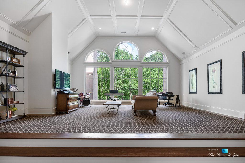 5705 Winterthur Ln, Sandy Springs, GA, USA - Atlanta Luxury Real Estate - Winterthur Estates Home - Family Room