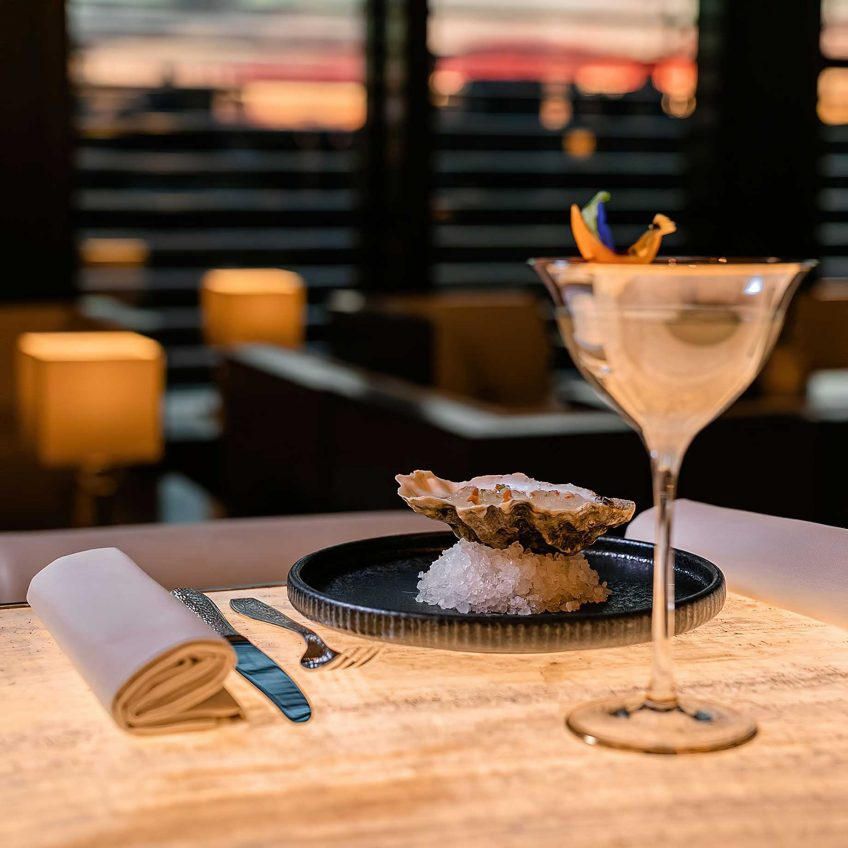 Armani Luxury Hotel Milano - Milan, Italy - Cocktails and Oysters