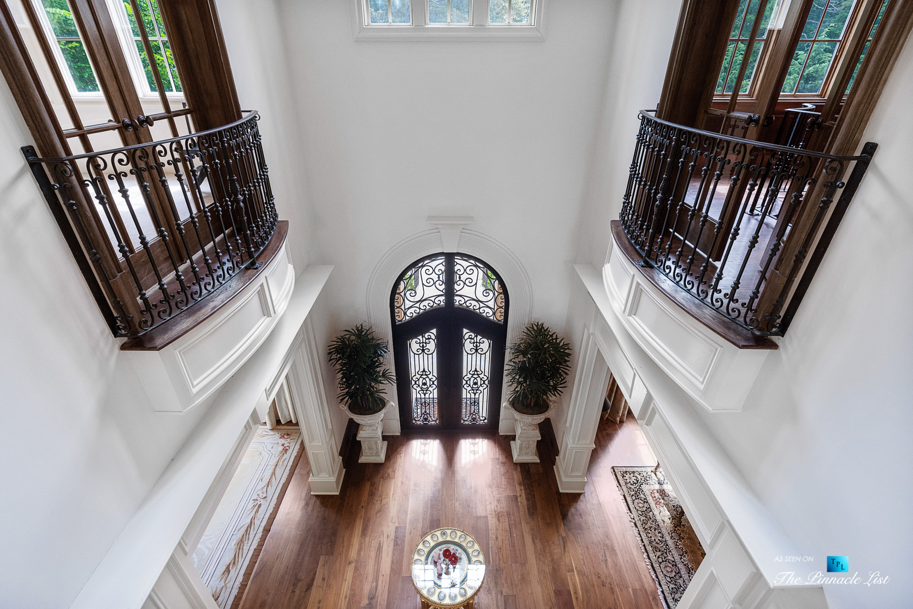 5705 Winterthur Ln, Sandy Springs, GA, USA – Atlanta Luxury Real Estate – Winterthur Estates Home – Upper Level Foyer Balcony