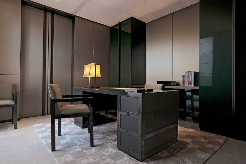 Armani Luxury Hotel Milano - Milan, Italy - Armani Office Desk
