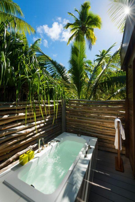 The Brando Luxury Resort - Tetiaroa Private Island, French Polynesia - 3 Bedroom Beachfront Villa Exterior Bathtub