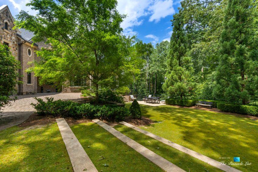 5705 Winterthur Ln, Sandy Springs, GA, USA - Atlanta Luxury Real Estate - Winterthur Estates Home - Backyard Landscaping